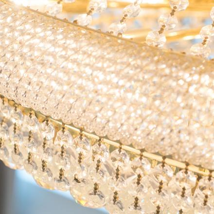 Lord Nelson Hotel & Suites Chandelier Detail