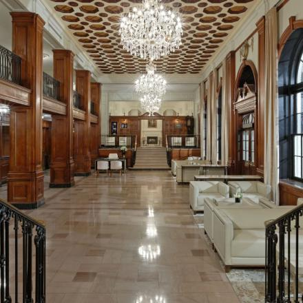 Lord Nelson Hotel & Suites Grand Lobby